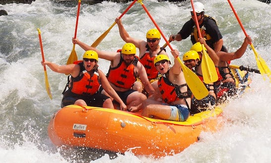 Rafting Trip And Raft Rental In Gold Hill, Oregon
