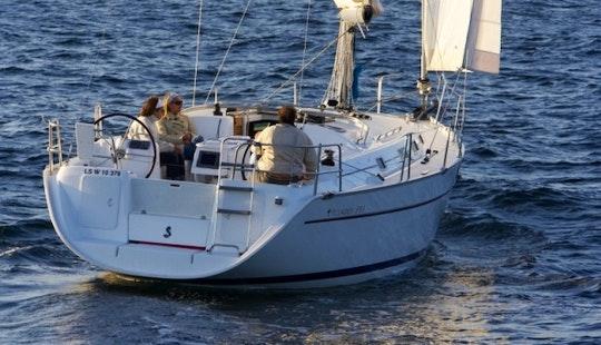 Luxury Cruising Monohull