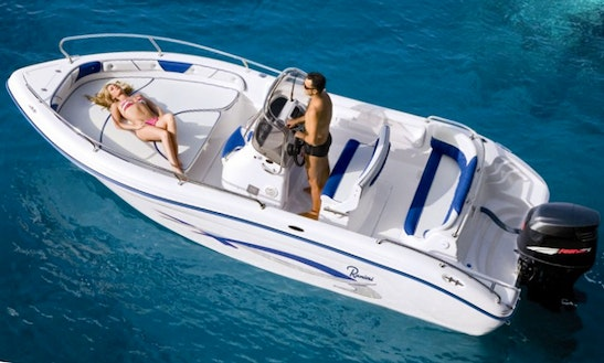 Rent A 20' Rainier Path Finder Boat In Lombardia, Italy