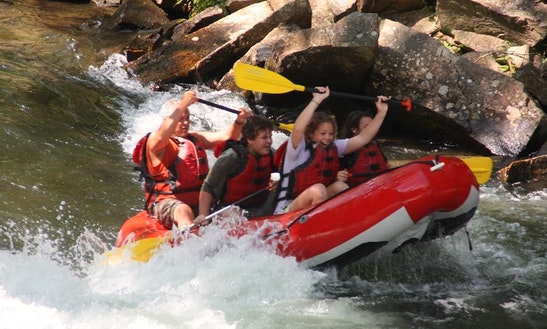 Rent Self Bailing Rafts In Bryson City