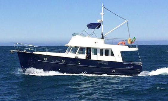 Boat Charter on Beneteau Trawler 42 on the Douro River