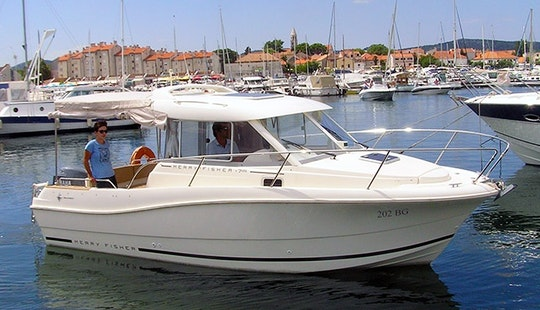 Charter On Merry Fisher 725 In Biograd Na Moru
