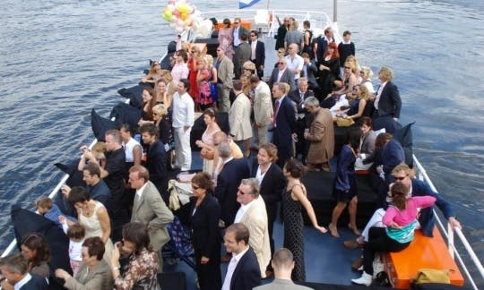 'Party Boot' Passenger Boat Charter in Amsterdam, Netherlands