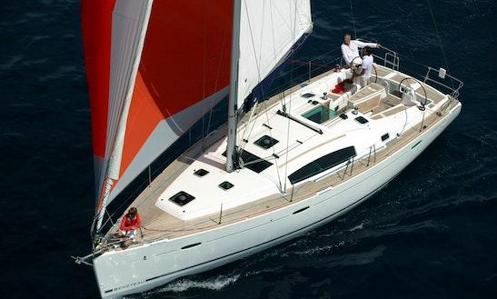Oceanis 43' Cruising Monohull In València