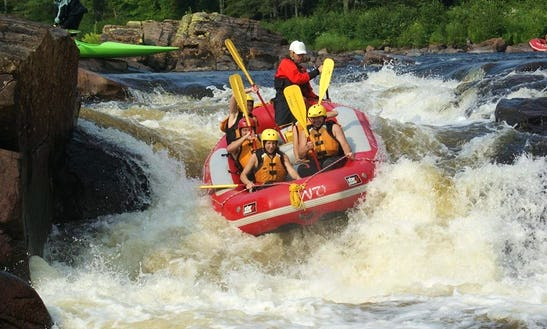Family Rafting Trip In Quebec