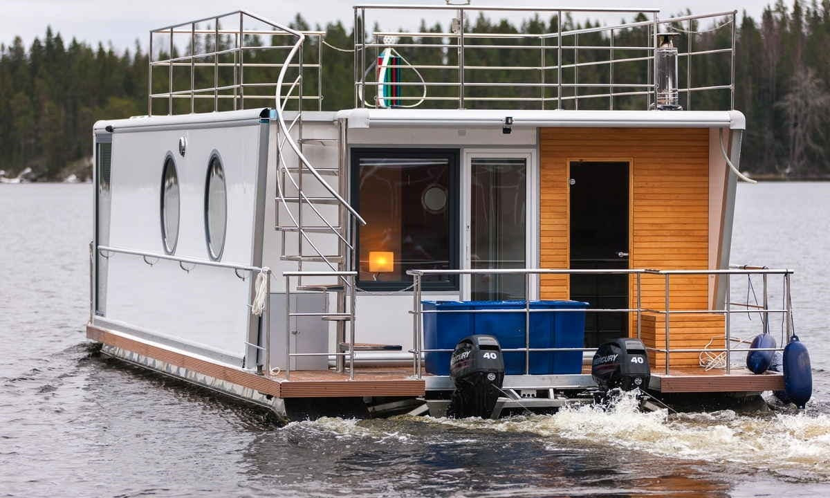 Luxury Houseboat Charter for 6 Person in Finland