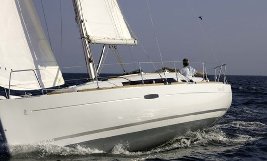 Cruising Monohull Rental In Lagos