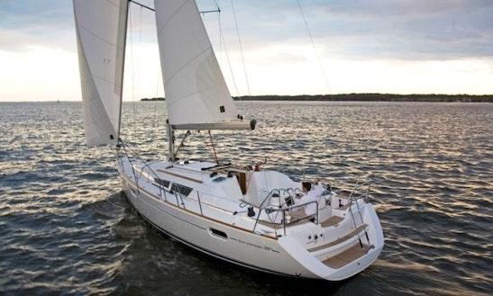 Sun Odyssey 39i Sailing Yacht In Alacante