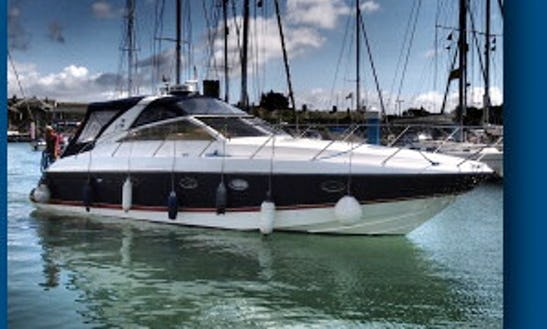 Princess V40 Cat 2 Rental In Cowes