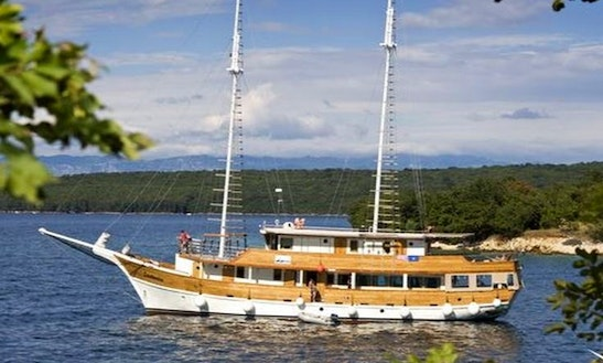 Private Weekly Cruises In Croatia
