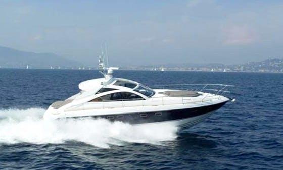 Luxury ''Fairline Targa 47'' Motor Yacht Charter in Spain