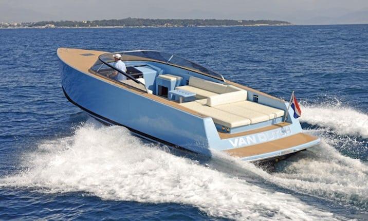 4be437ce872c47 Luxury   Van Dutch 40   Motor Yacht Charter in Spain