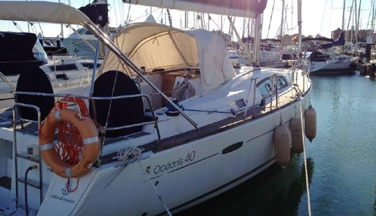 40' Oceanis Sailing Yacht Charter In Spain