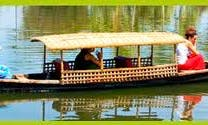 An Exciting Canoe in Alappuzha, India