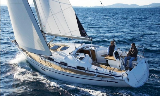 Skippered Bavaria 38 Charter