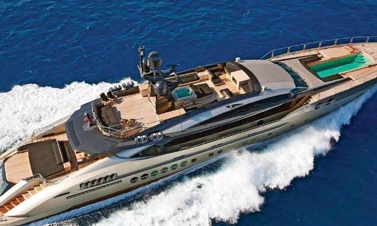 Palmer Johnson Motor Yacht In Cannes
