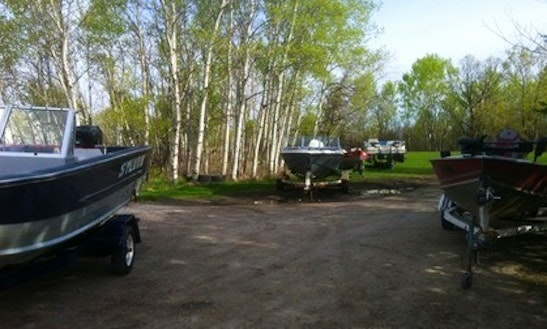 Fishing Boat Rental In Winnipeg, Canada