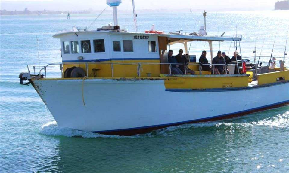 "Head Boat ""Manutere"" Fishing Charter in Tauranga, New Zealand"