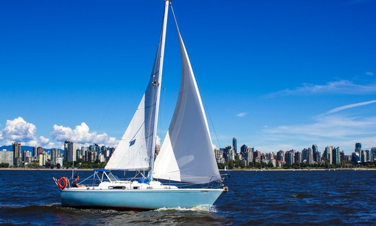 28' Cruising Monohull Charter In North Vancouver, Canada