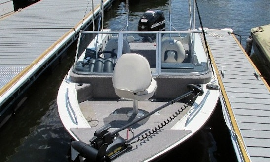 17' Bowrider Rental In Hewitt, New Jersey