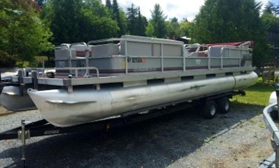 28' Pontoon Boat Rental In Eagle Bay