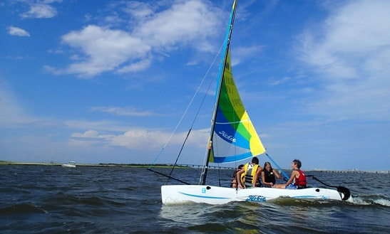 14ft Hobie Beach Catamaran Boat Rental In Ocean City, New Jersey