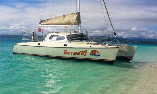 Charter 32' Cruising Catamaran In Fajardo, Puerto Rico