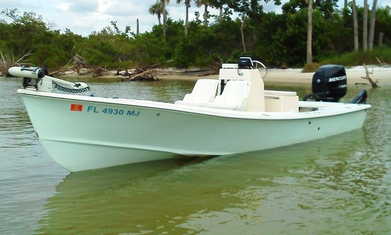 Enjoy 22' Sabalo Bay Boat Fishing Charter In Naples, Florida