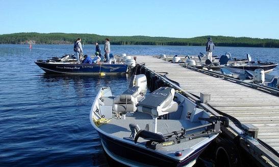 17' Fishing Boat In Red Lake