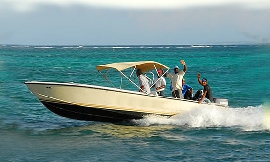 Snorkeling Boat In San Pedro