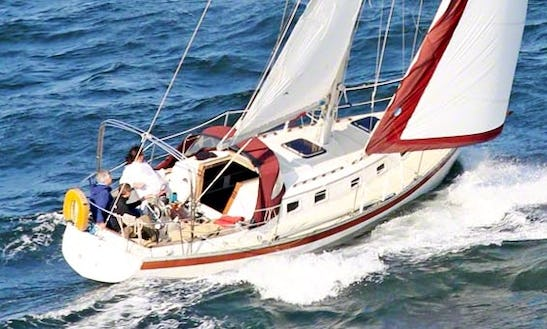 32' Endeavor Cruising Monohull In Eastport Annapolis, Maryland United States
