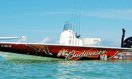 Enjoy 22' Pathfinder Flats Boat Fishing Charter In Placida, Florida