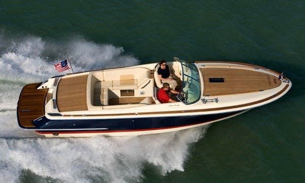 Charter Chris Craft 28 in Catalonia
