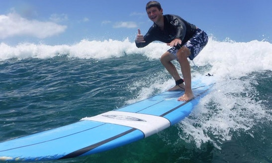 Customized Surfing Lesson In Honolulu, Hawaii