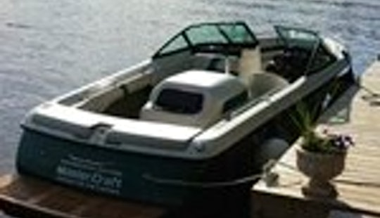 21ft Bowrider Boat Rental In Tahoe City, California
