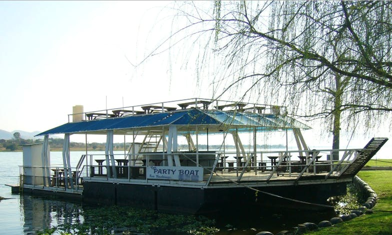 The Party Boat In Hartbeespoort