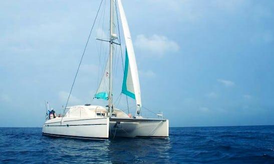 Charter On 40ft Cruising Catamaran Boat In Panama, Panama