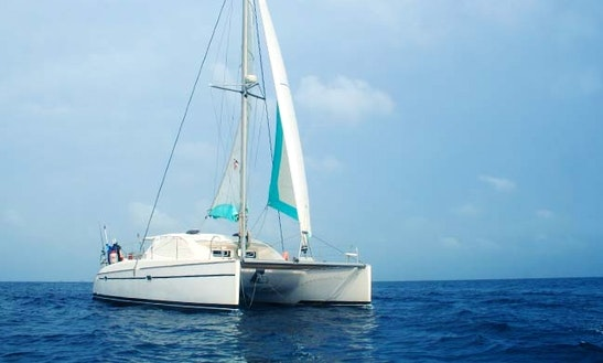 Charter On 40ft Cruising Catamaran Boat In Panama, Panama