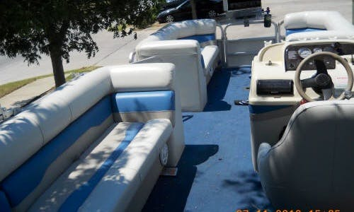 22' Mirage Cruise Pontoon Rental In Lewisville, Texas