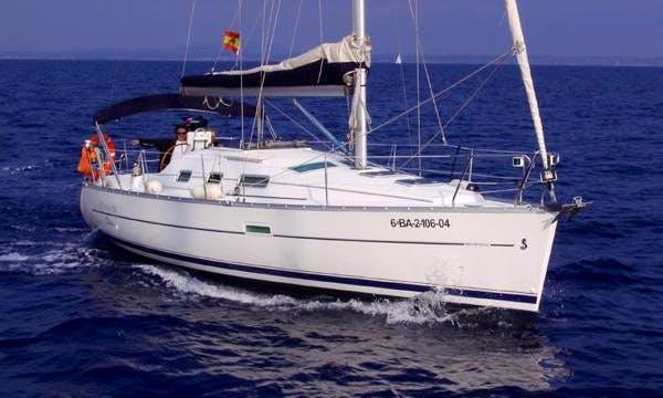 "32ft ""Serendipity"" Beneteau Oceanis Cruising Monohull Boat Sailing Charter in Barcelona"