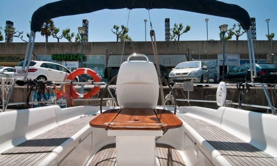 "37ft ""El Príncipe Azul"" Bavaria Cruiser Cruising Monohull Boat Sailing Charter in Barcelona, Spain"