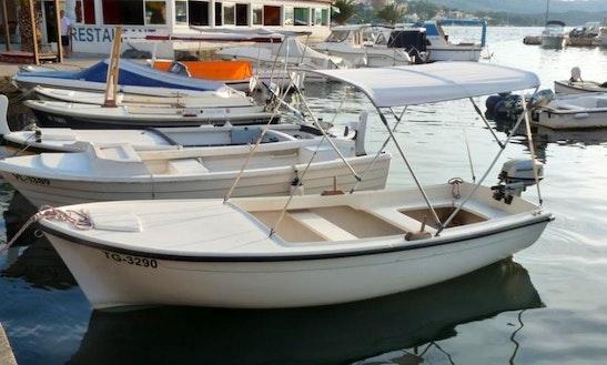 Diokom 459 Boat Charter In Okrug Gornji