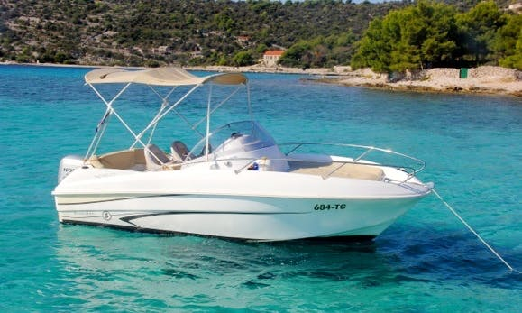 Beneteau Flyer-550 Boat Charter in Okrug Gornji
