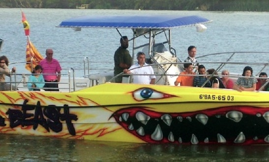 33' Fast Boat Cruises In Deltebre