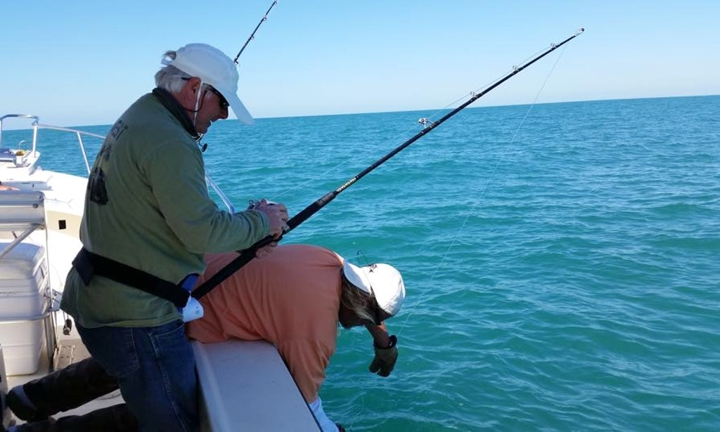 Fishing charter on 28 39 center console in fort myers beach for Fishing charter fort myers beach fl