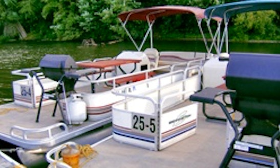 25' Pontoon Rental In Muddy Creek, Pennsylvania