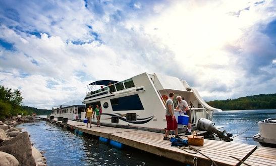 50' Houseboat Rental In Nipawin No. 487, Canada