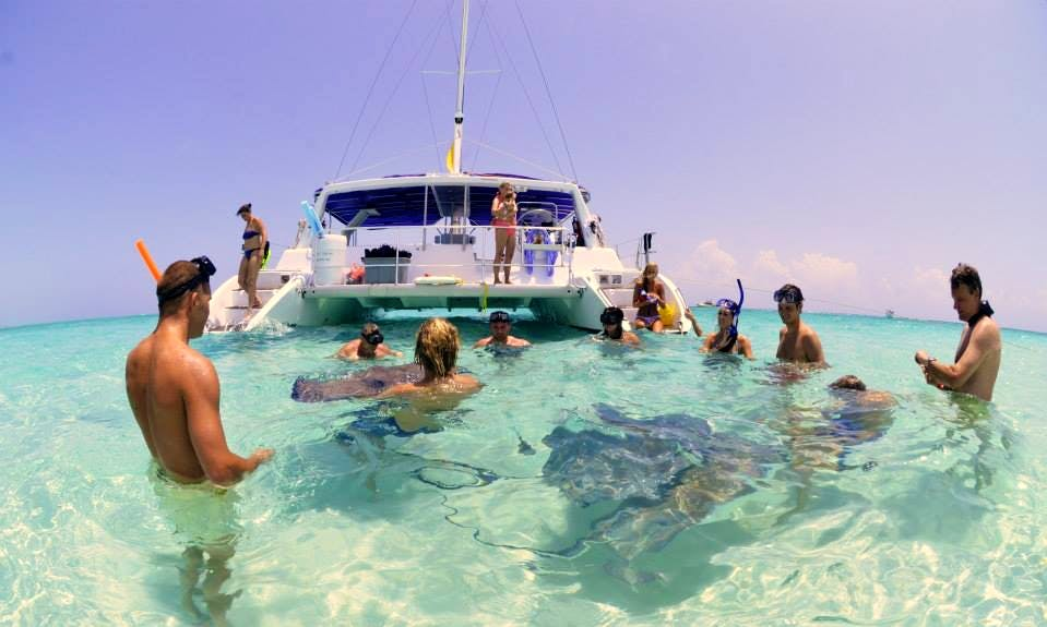 """Sailing & Snorkeling Trips on the """"Paradise Breeze"""" Catamaran in George Town"""