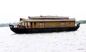Two Bedroom Houseboat for Rent in Kainakary