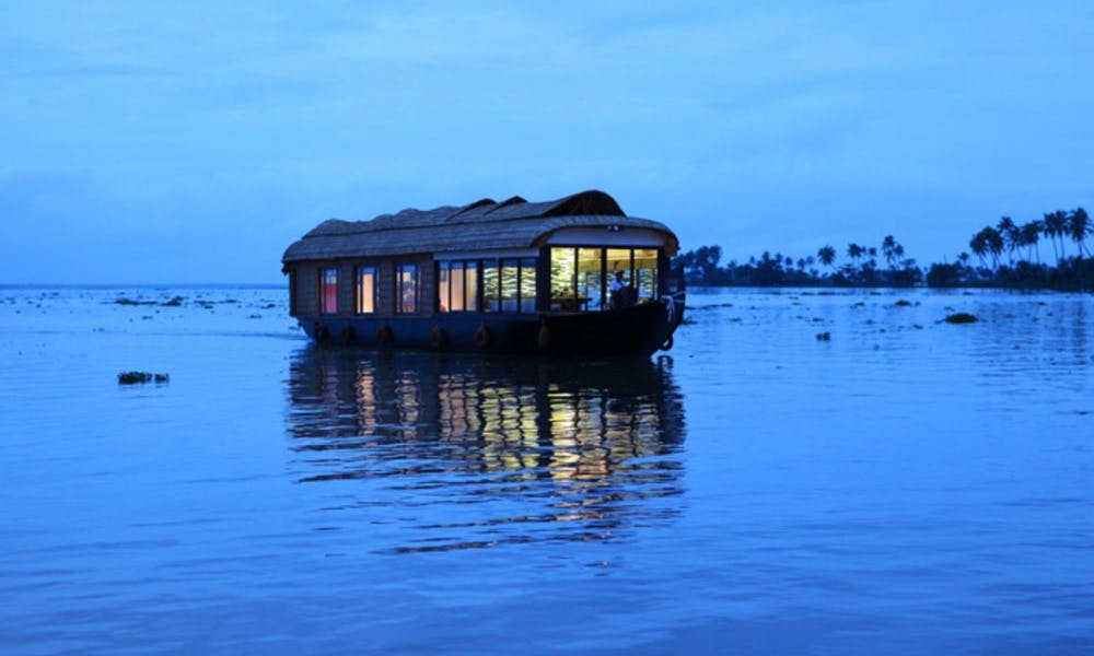Pepper Houseboat for Rent in Alappuzha